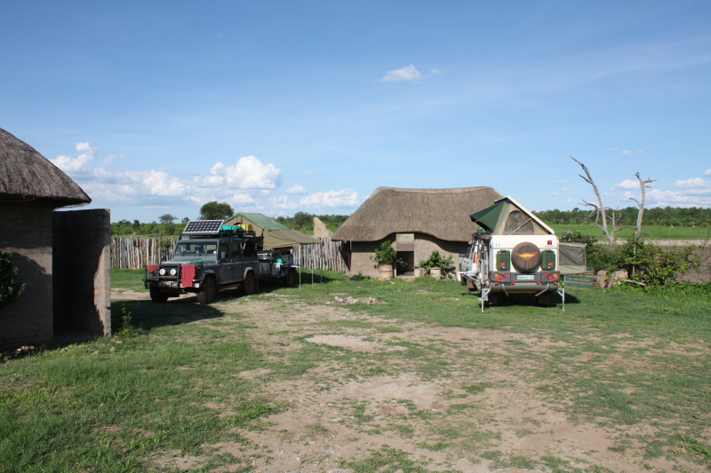 Camping at Deteema Dam Hide