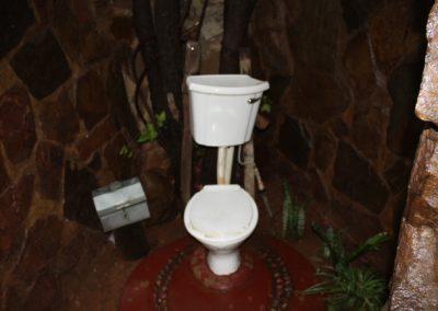 Itumelo toilet