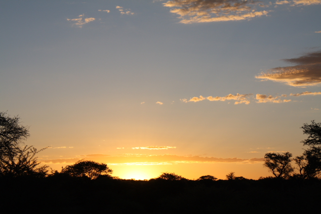 Mabuasehube sunset
